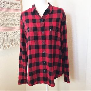 Levi's black and red Boyfriend Fit button down L